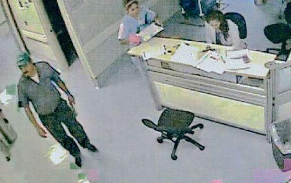 El-Azul-Esparragoza-Hospital-San-Jose-Real