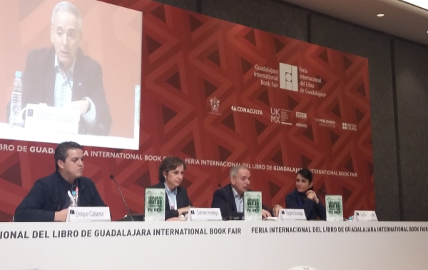 Edgardo Buscaglia presented his book Money Laundering and Political Corruption at the 2015 Guadalajara International Book Fair.