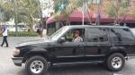 Franelero-moving-clients-car